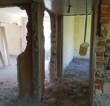 Къртене на стени